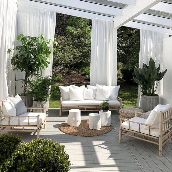 Những bộ bàn ghế mây tre có tại Papasan, quý khách có thể hài lòng về chất lượng sản phẩm